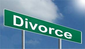 Divorce street sign